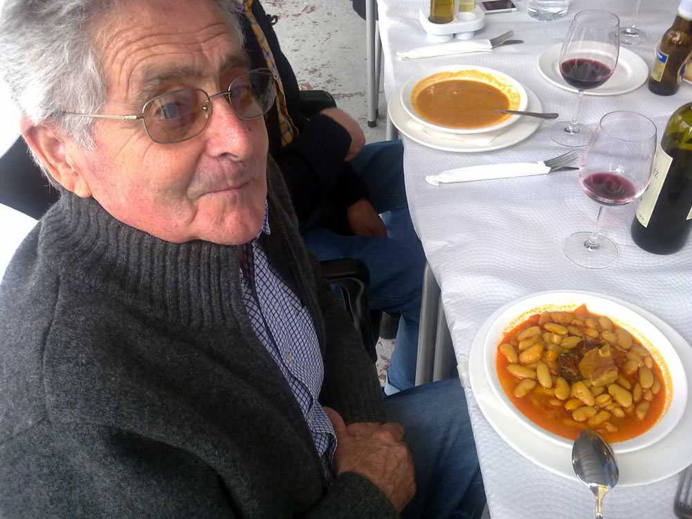 Gastronomy Asturian bean stew (fabada asturiana) - Jascal, Picos country cottages in Asturias