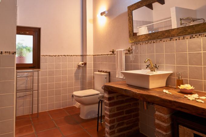 Casa Tierra bathroom